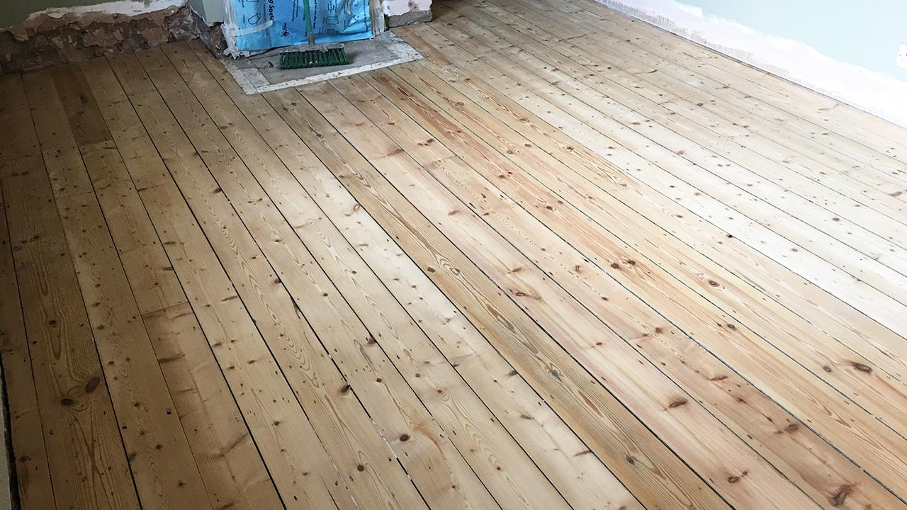 Wood floor sanding archives renue uk specialist renovation for Hardwood floors edmonton
