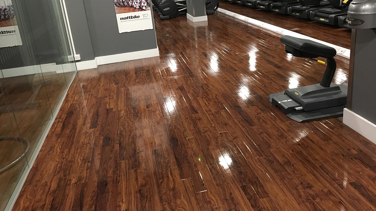 vinyl floor deep clean bannatyne tower 42 renue uk specialist renovation. Black Bedroom Furniture Sets. Home Design Ideas