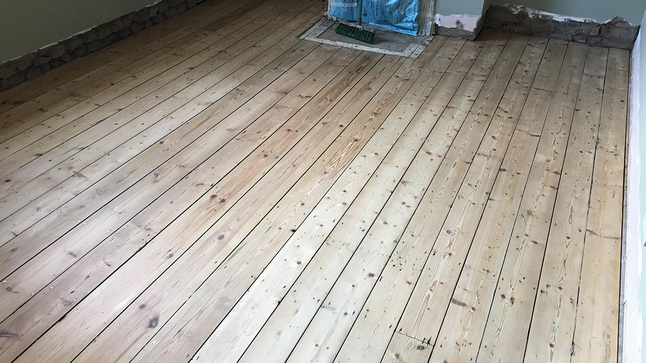 Wood floor restoration edmonton renue uk specialist for Hardwood floors edmonton